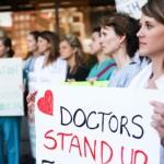 Криворізькі медики вимагають правди про загрозу оптимізації