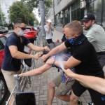 Неонацисти вчинили погром у Києві. ЗМІ їх відбілюють